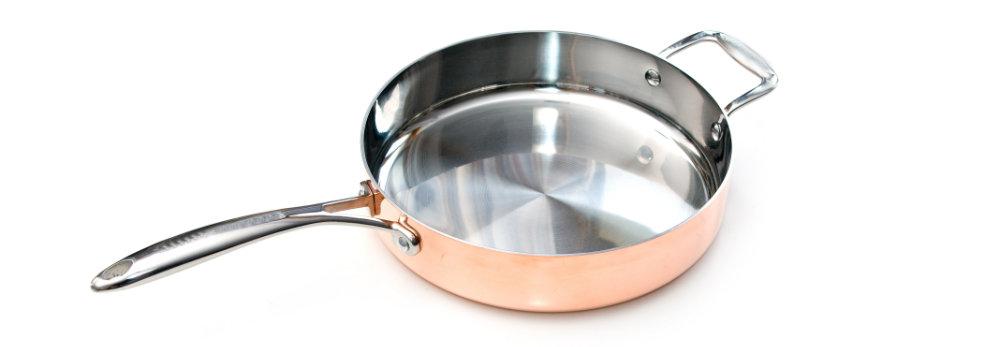 Schöne Kupfer-Bratpfanne mit angenietetem Griff
